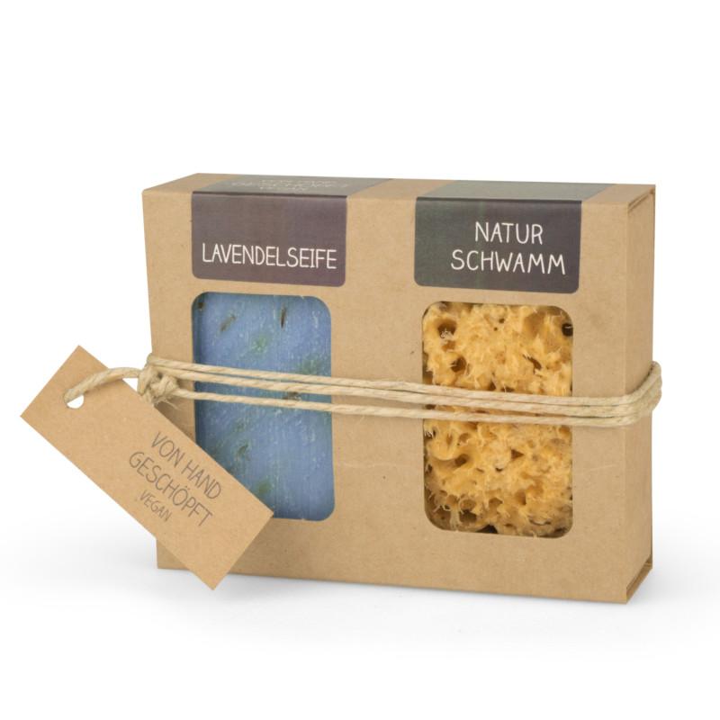 Geschenkkarton mit Seife + Naturschwamm (100 g Lavendelseife | Naturschwamm 8 cm Ø)